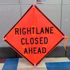 Scratch And Dent Right/Left Lane Closed (Words) Road Sign – Mesh